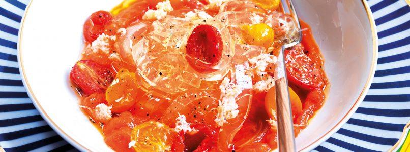 Ricetta Tagliatelle invisibili, pomodorini e polpa di granchio