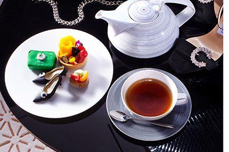 A Milano per un tè con... Gucci e Jimmy Choo
